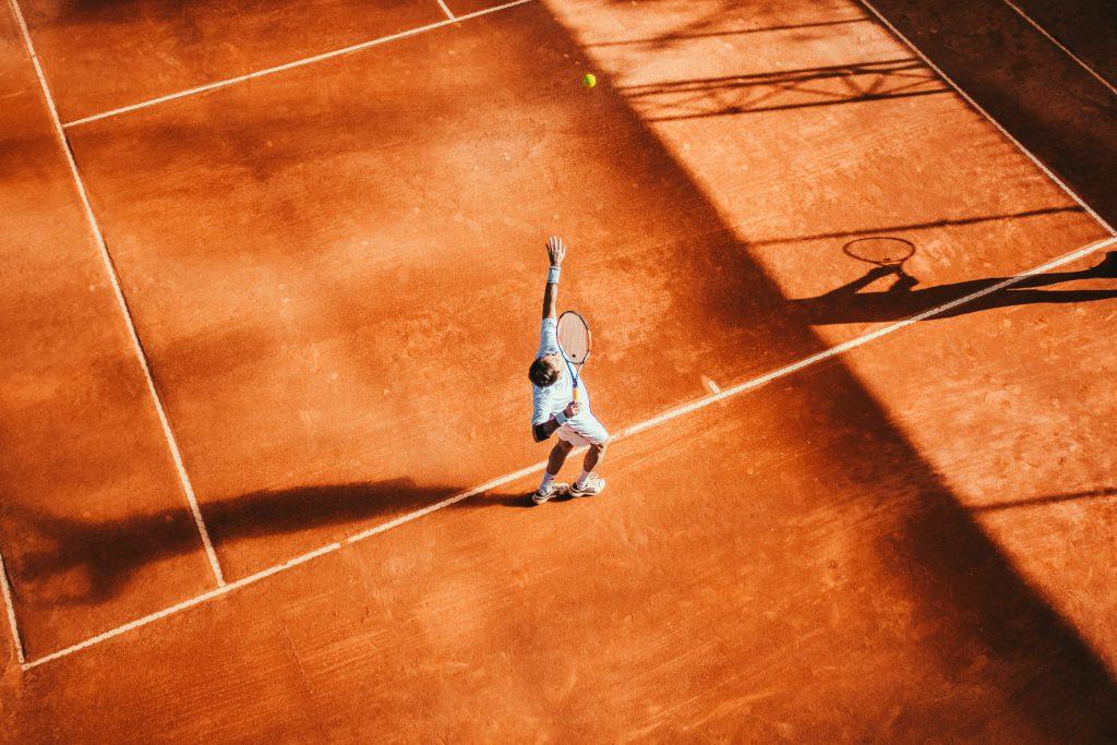 Tennisprofis auf dem Platz
