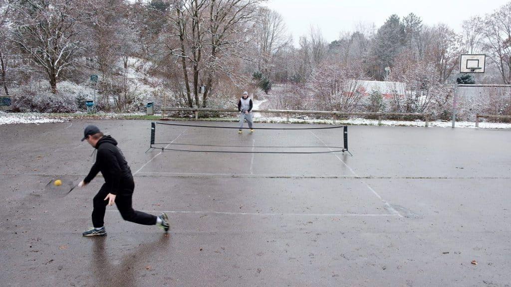 tennis erlaubt